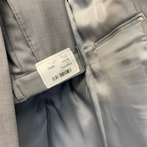 Other - Men's brand new suit size 38 inch chest 100%wool